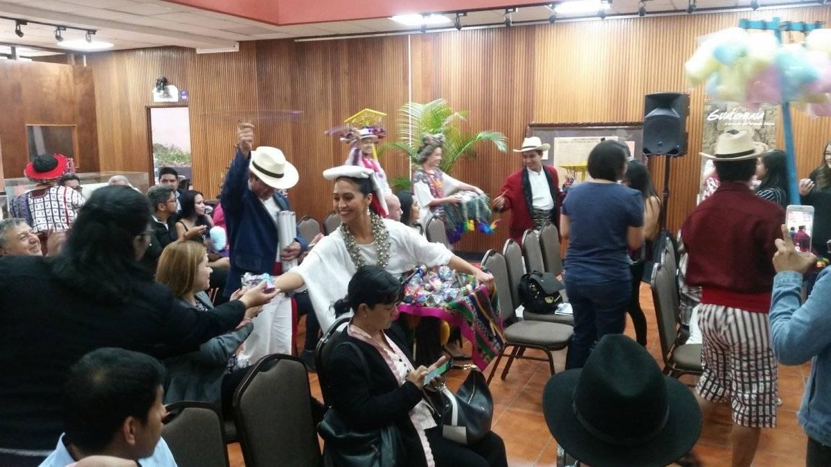 Representantes del Inguat, Ministerio de Cultura y Deportes, Municipalidad de Guatemala, Universidad de San Carlos y Cervecería Centro Americana, presentaron los detalles del 21 Festival del Centro Histórico. Foto: David Lepe Sosa