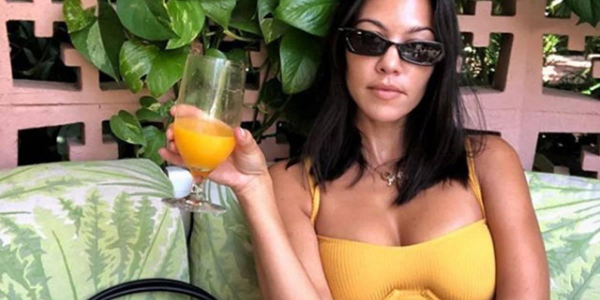 ¡Escándalo! Esta actriz protagonizó una candente escena de beso con Kourtney Kardashian