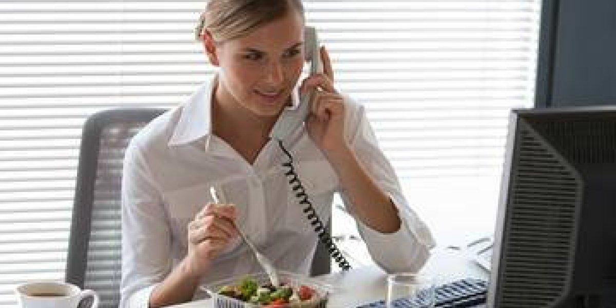 Estudio indica que trabajadores deben desembolsar entre $3.500 y $5.300 para pagar un almuerzo
