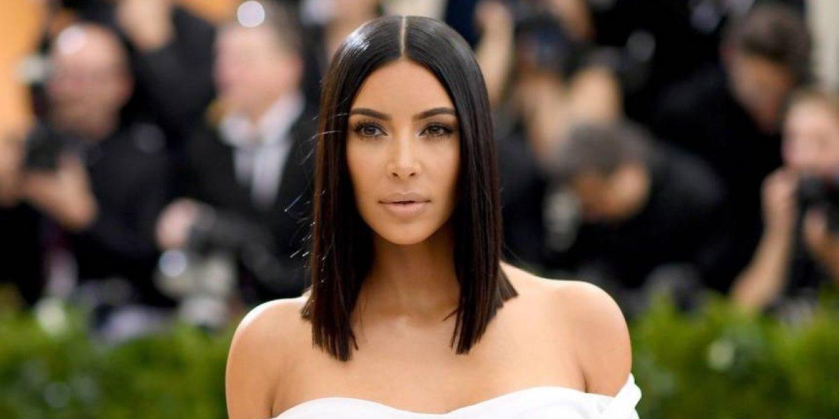 """FOTOS. Kim Kardashian es captada con poca ropa y la llaman """"anoréxica"""""""
