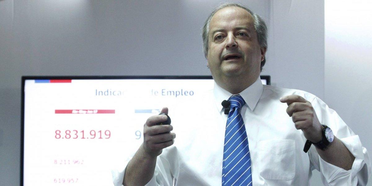 """Ministro Monckeberg y alza del desempleo: """"Son muchos más los chilenos que se han decidido a buscar trabajo"""""""