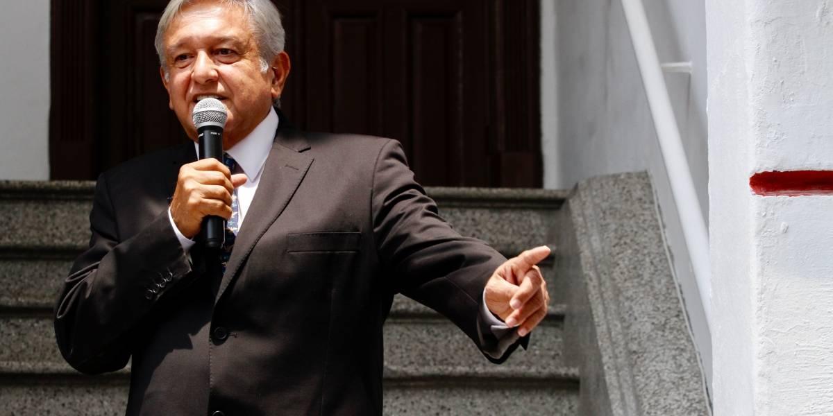 López Obrador externa apoyo a lesionados del accidente aéreo
