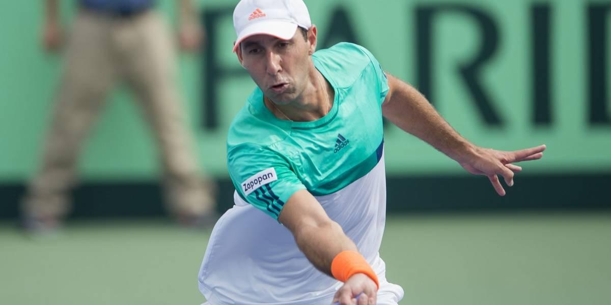 Retiran beca a mejor tenista mexicano; pide apoyo para el 'deporte blanco'