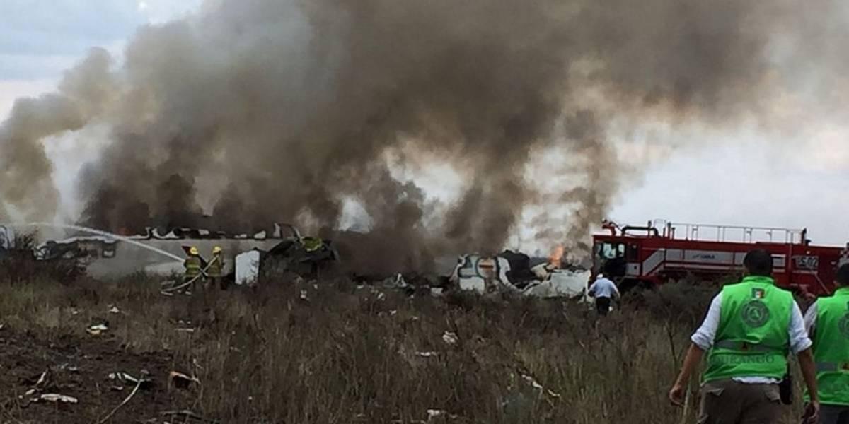 México: las primeras imágenes del accidente del avión de Aeroméxico en Durango
