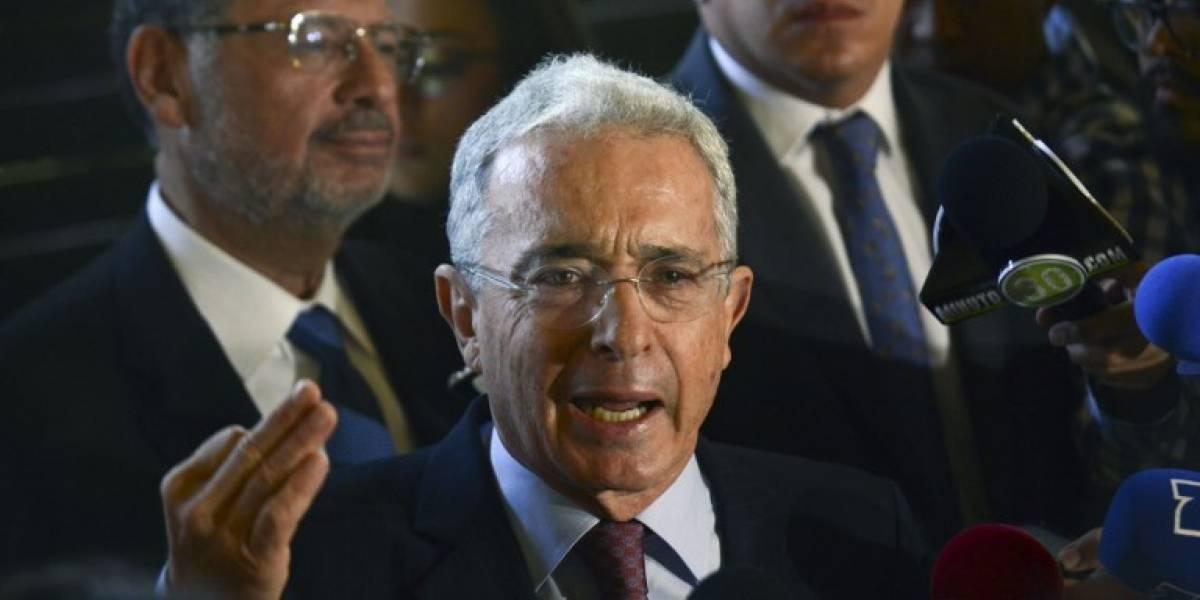 Expresidente Uribe desiste de renunciar al Senado de Colombia