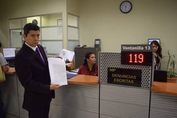 diputado Juan Ramón Lau, de Todos, presenta denuncia contra Gerencia de Investigación Fiscal