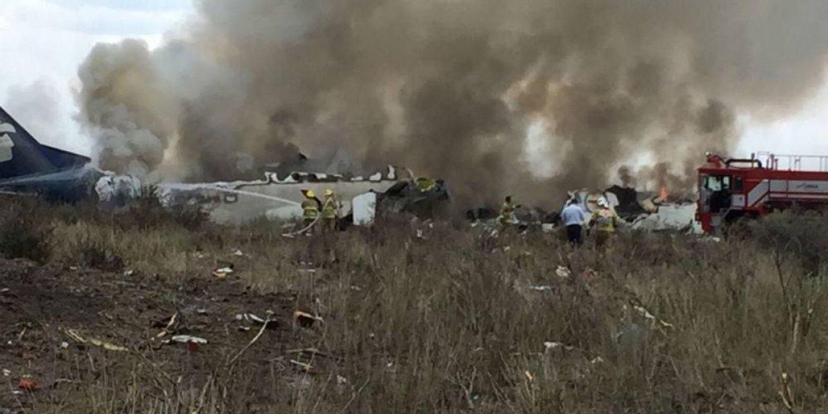 Al menos 65 estadounidenses viajaban en vuelo accidentado en Durango