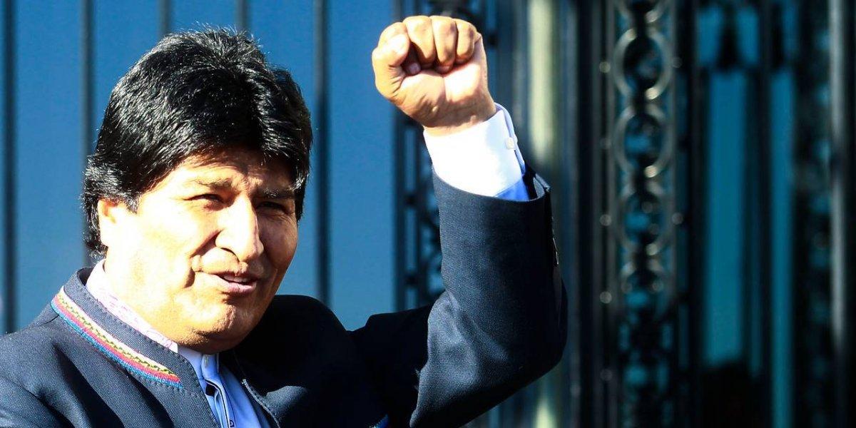Para graduaciones y matrimonios: Evo Morales ofrece la lujosa nueva sede de la Unasur en plena inauguración
