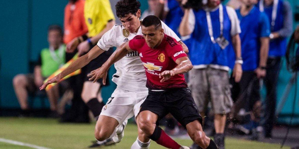 """Mourinho quedó loco con la actuación de Alexis: """"Está como nuevo, su condición es fantástica"""""""