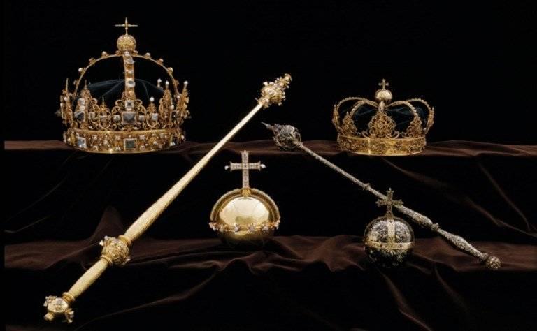 Roban coronas de los reyes de Suecia