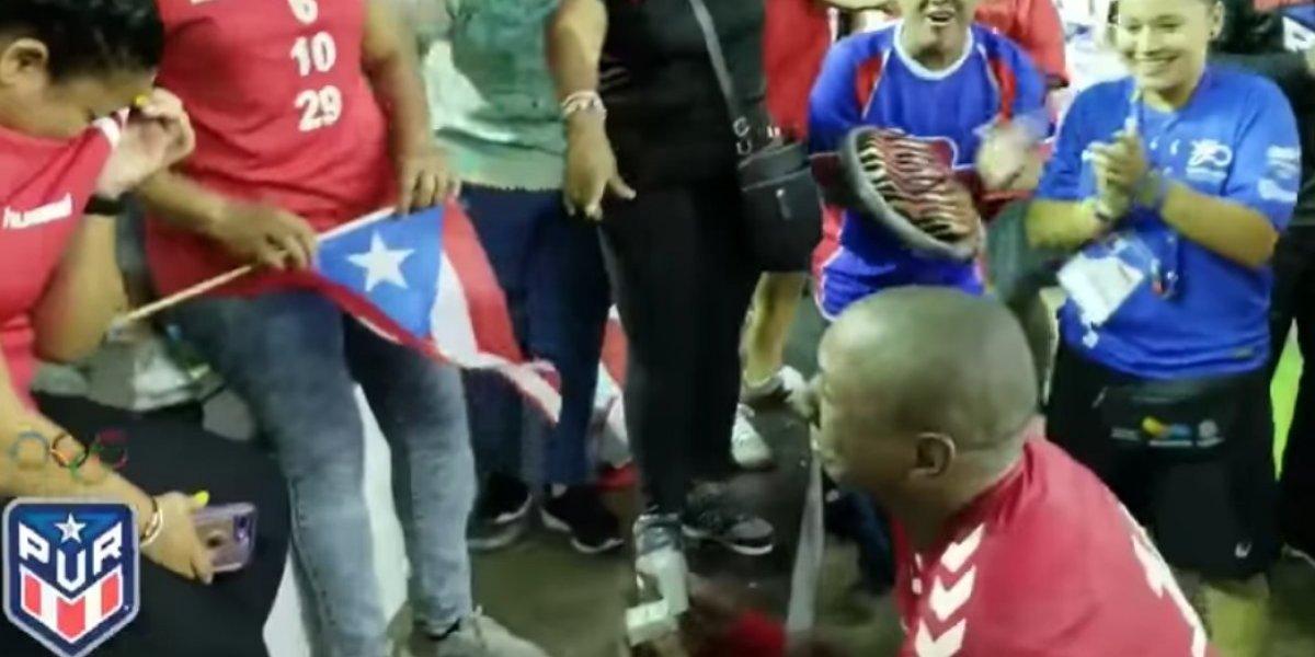 Atleta boricua pide matrimonio a su novia en Barranquilla 2018