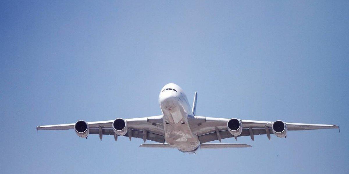 Locura en Argentina: batalla de ofertas en aerolíneas trasandinas genera un aluvión de compras en pasajes
