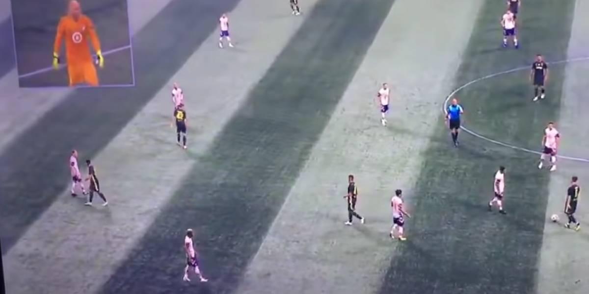 VIDEO: Portero es entrevistado en pleno partido de Estrellas de la MLS