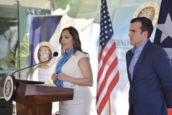 Tania Vázquez, secretaria del DRNA y Ricardo Rosselló, gobernador. Suministrada