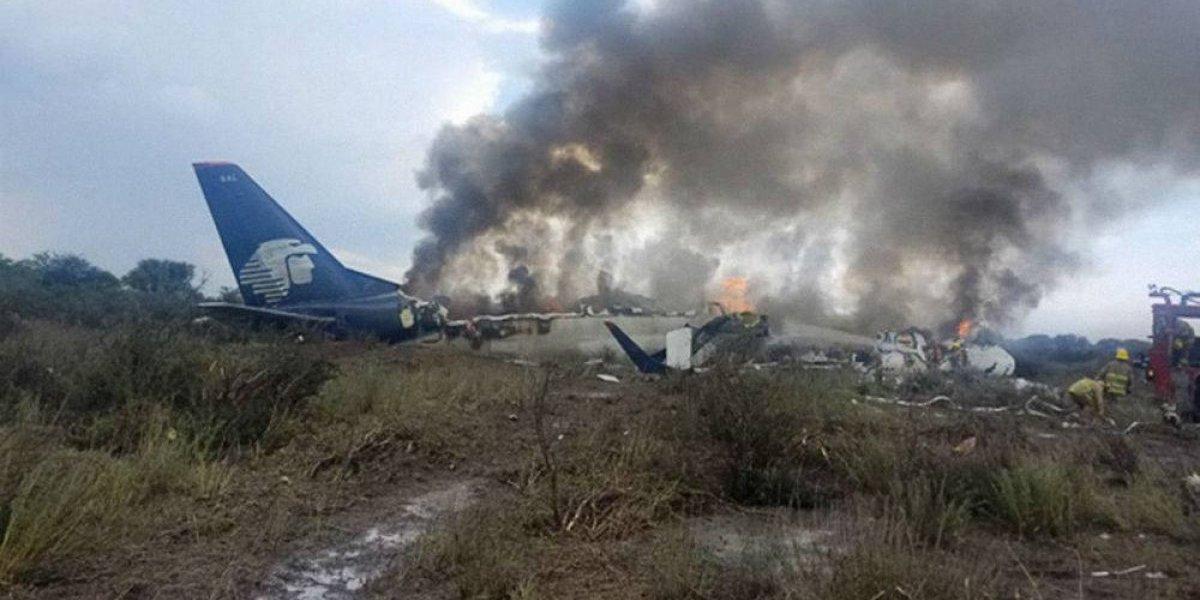 La SCT inicia remoción del avión accidentado en Durango