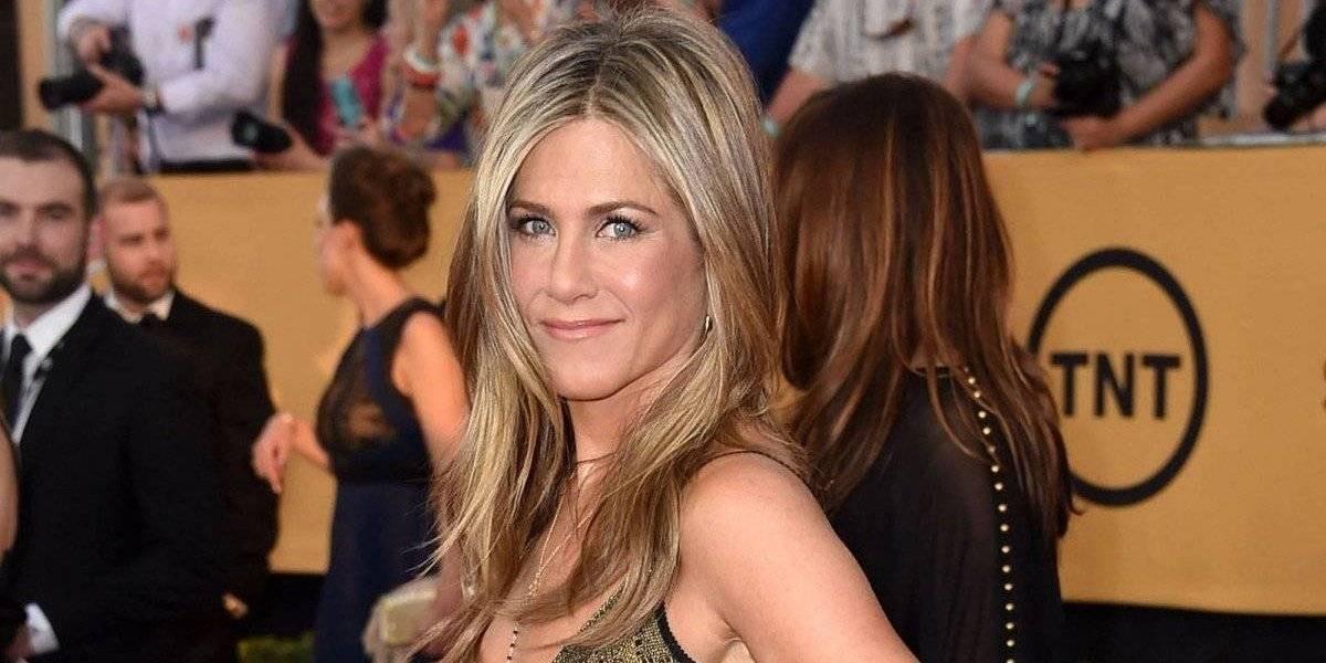Candente topless de Jennifer Aniston a sus 50 años