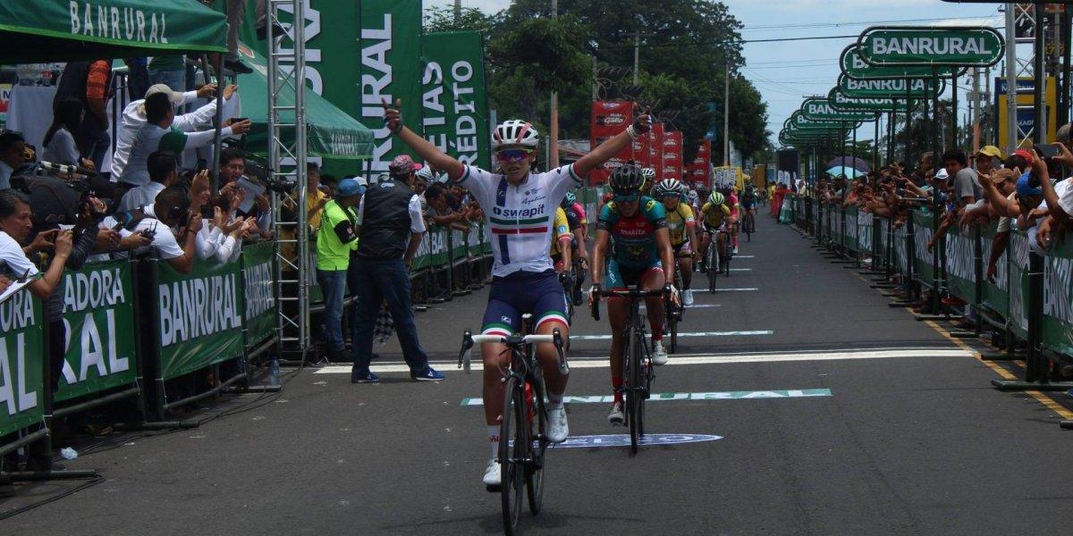 México gana la primera etapa de la Vuelta Femenina a Guatemala