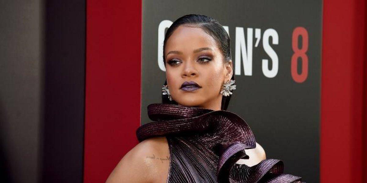 FOTO. El nuevo diseño de cejas de Rihanna se convierte en el hazme reír de las redes sociales