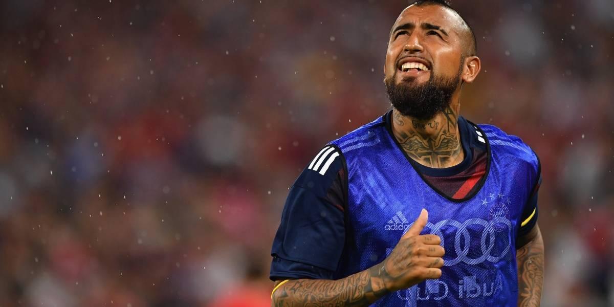 Barcelona hace oficial el fichaje de Arturo Vidal