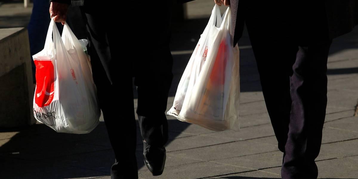 Comienza el fin de las bolsas plásticas en Chile — Ya es oficial