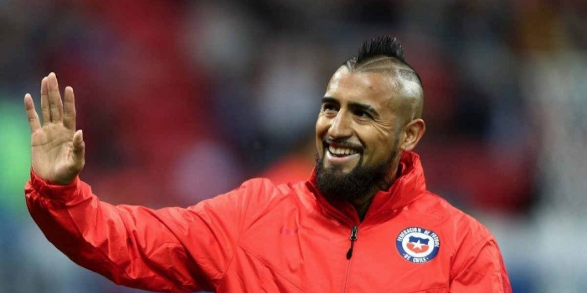 El Barcelona hace oficial el fichaje del chileno Arturo Vidal