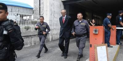 expresidente Álvaro Colom señalado en caso Transurbano