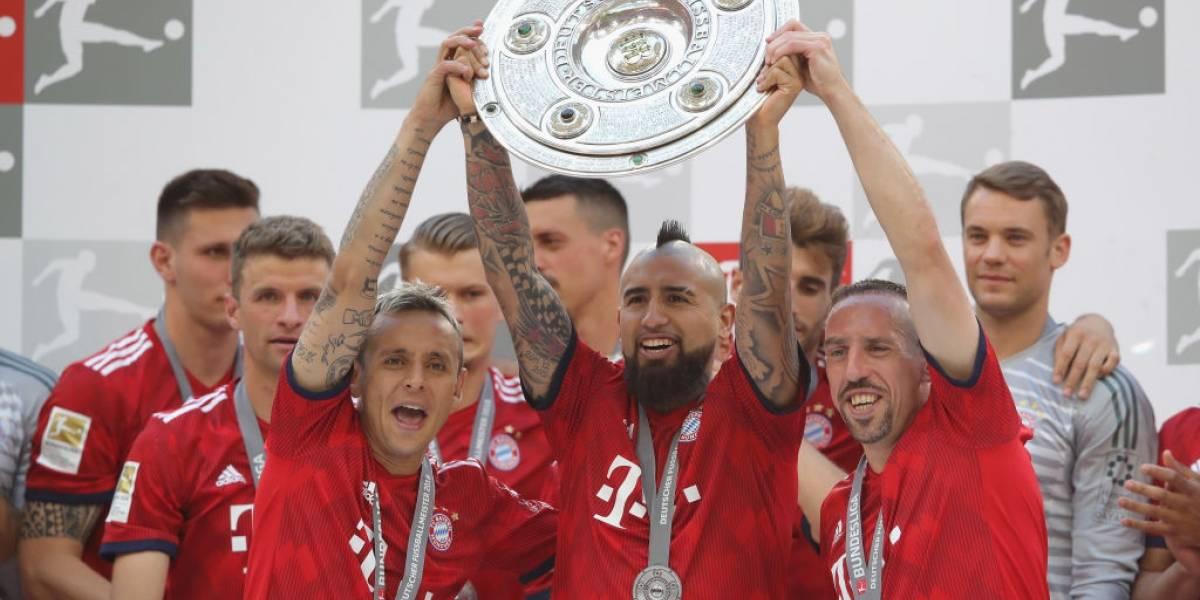 """Rummenigge agradece a Vidal """"por tres grandes años"""" en el Bayern: """"Siempre podíamos confiar en él"""""""