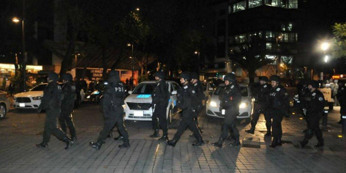 Policía de la CDMX detiene a varias personas por robo