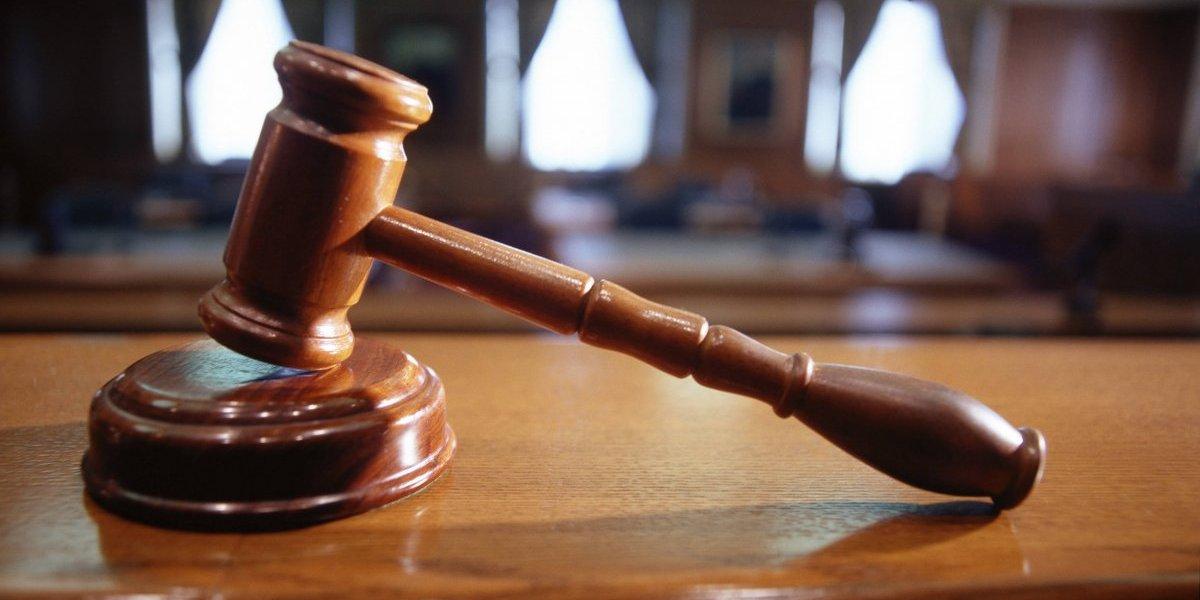 Causa para arresto contra exadministrador de Servicios Generales