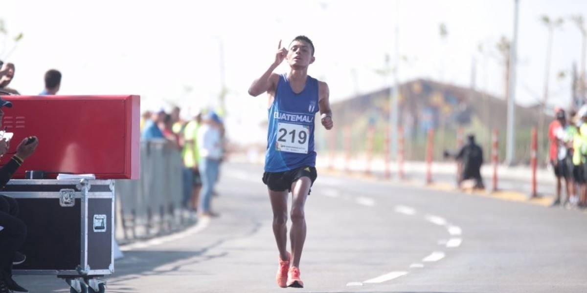 ¡Williams Julajuj dio una digna batalla por ganar el bronce en la maratón!