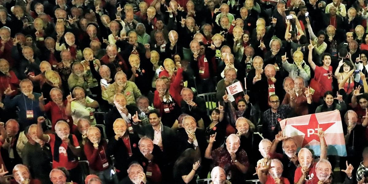 PT oficializa candidatura de Lula