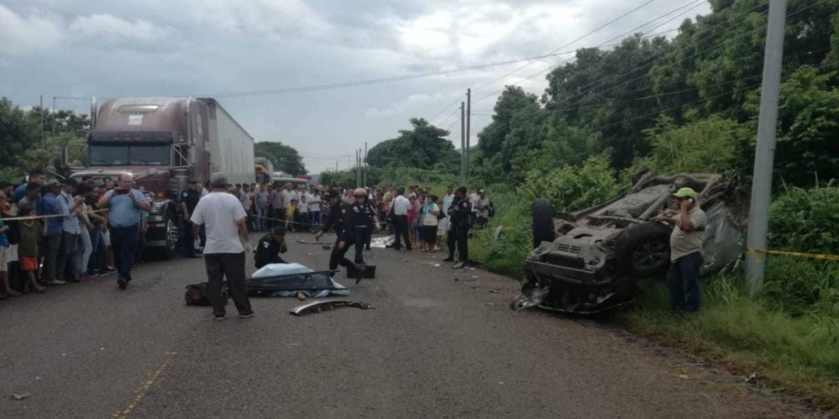 Cuatro muertos y cuatro heridos deja accidente de tránsito en Chiquimulilla