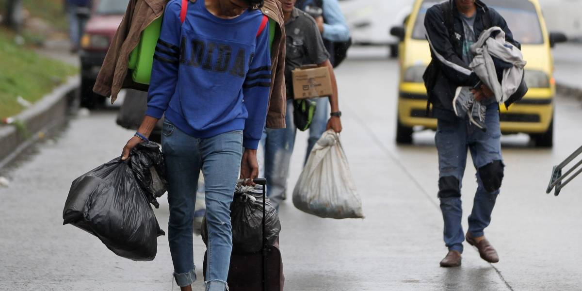 Cancillería de Ecuador facilitará ingreso de menores extranjeros por flujo de venezolanos
