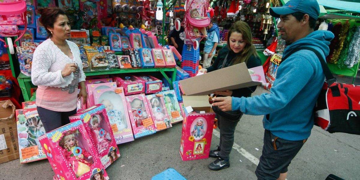 ¡A sacar la billetera!: chilenos gastarán entre 10 mil y 20 mil pesos para el Día del Niño