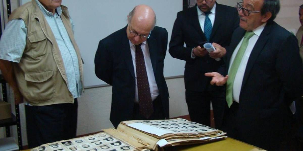 Gustavo Meoño Brenner es sustituido del Archivo Histórico de la Policía Nacional