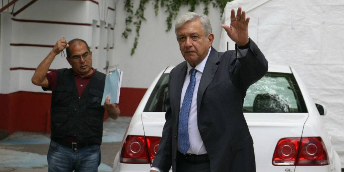 Conversa AMLO con Theresa May y Michelle Bachelet