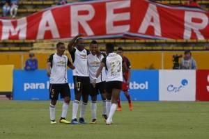 El Nacional vs Liga de Quito: Empate agónico de los criollos le deja sin posibilidades a los albos