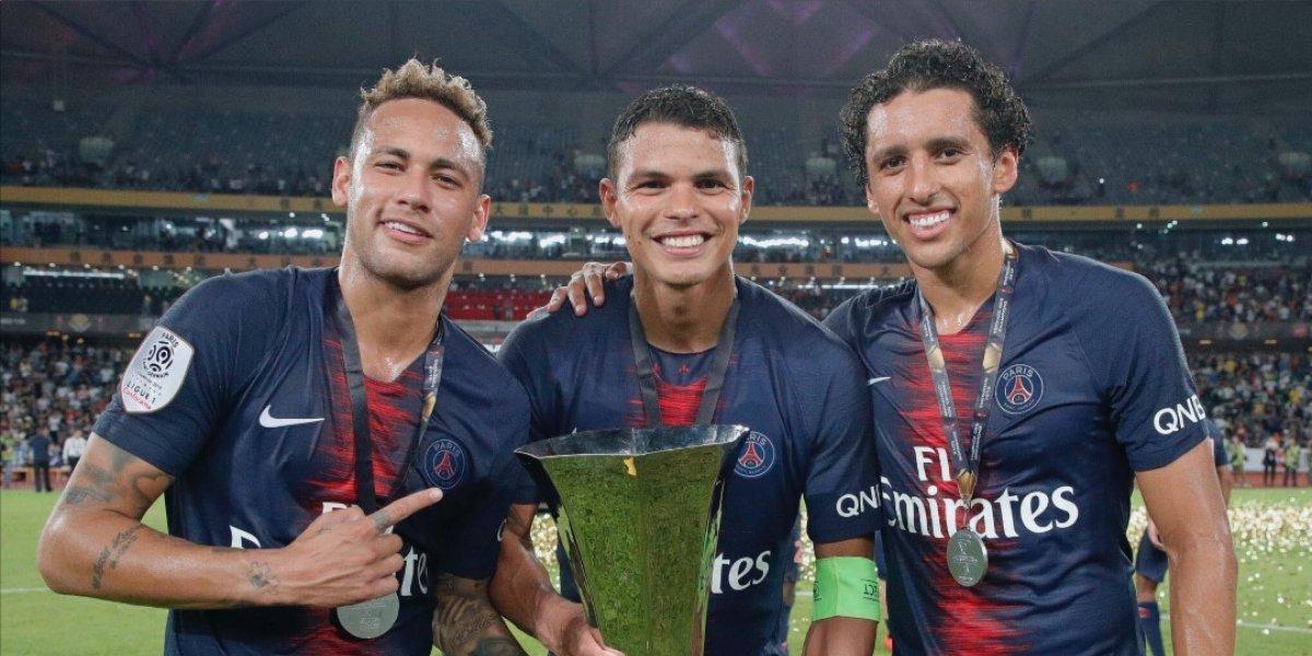 VIDEO. Neymar se cae en su reaparición con el PSG y gana su primera copa