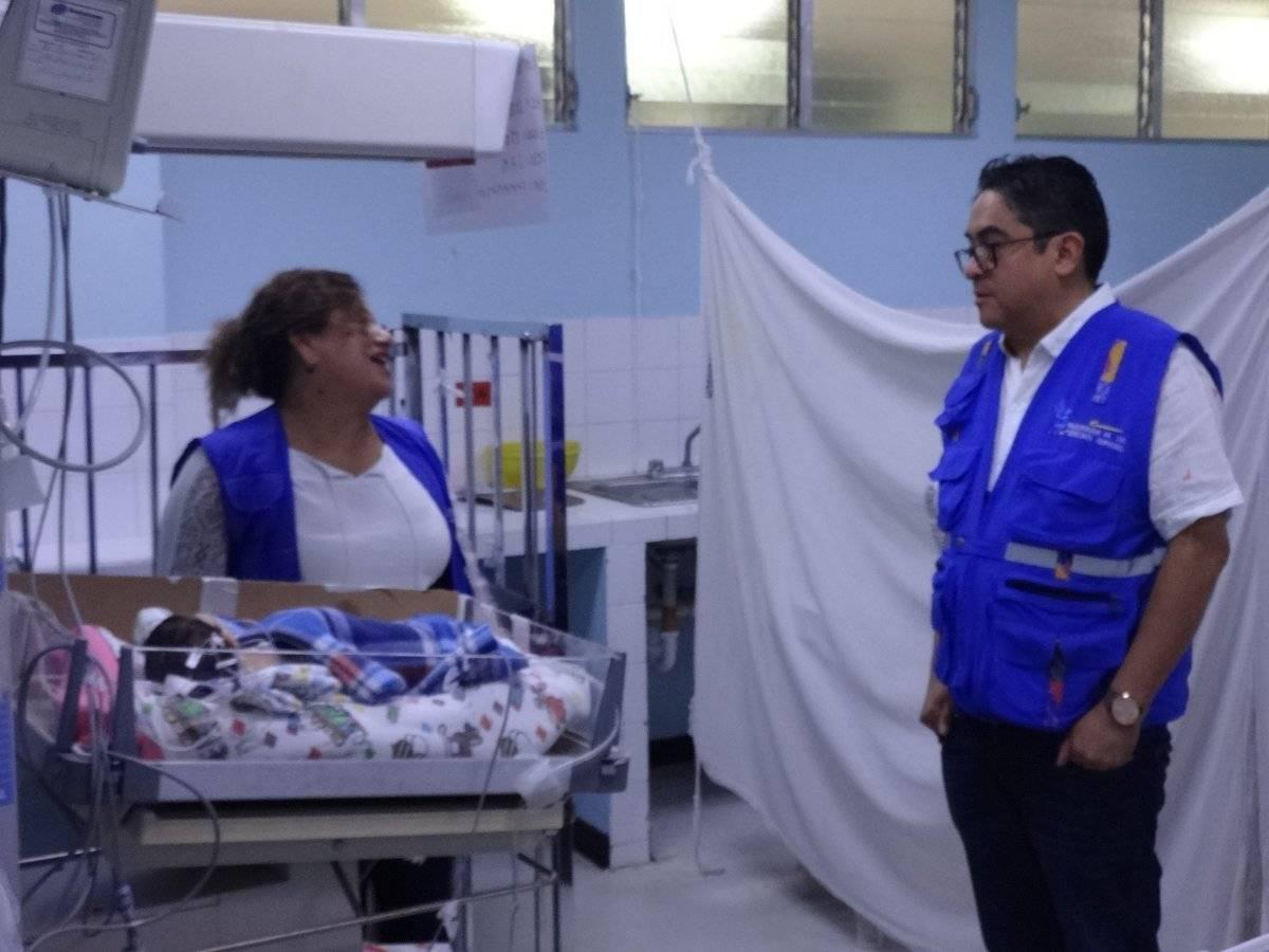 El PDH Jordán Rodas y Zulma Calderón, titular de la Defensoría de Salud. Foto: Jerson Ramos