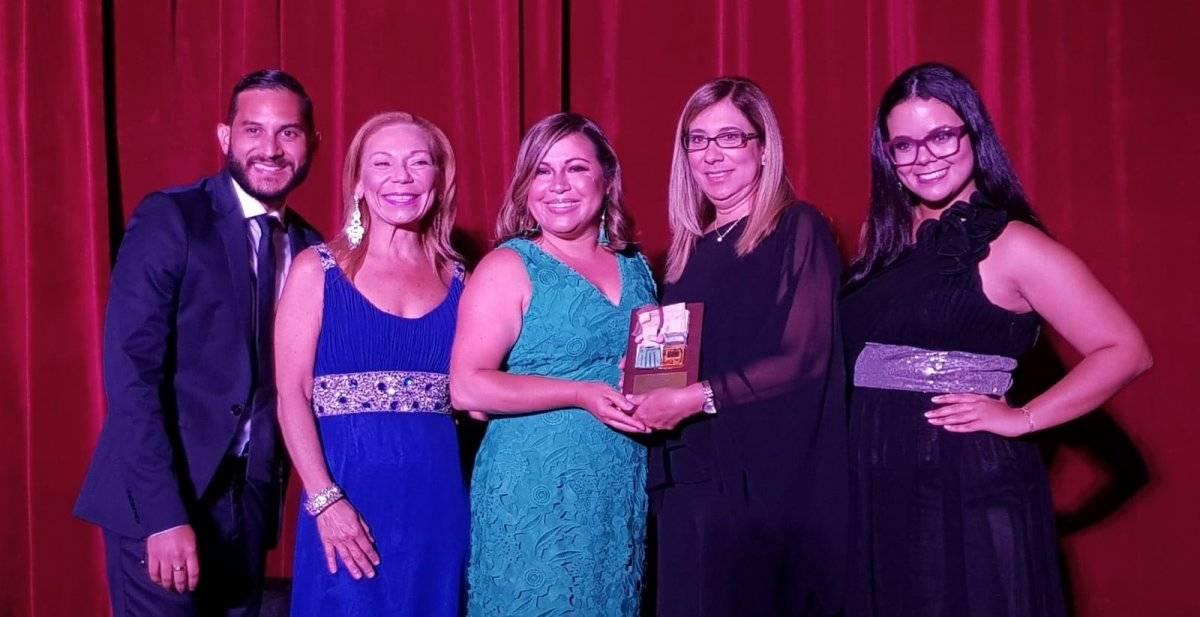 Periodistas de Metro Puerto Rico reciben galardones en la gala de la ASPPRO. Metro