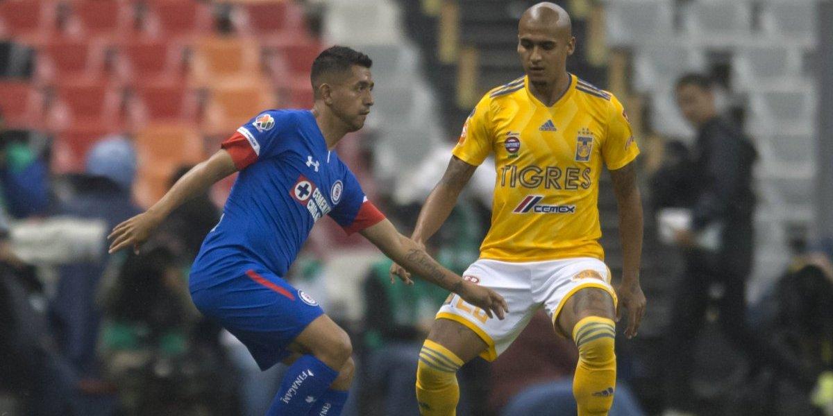 Cruz Azul vence a Tigres y mantiene la ilusión en su afición