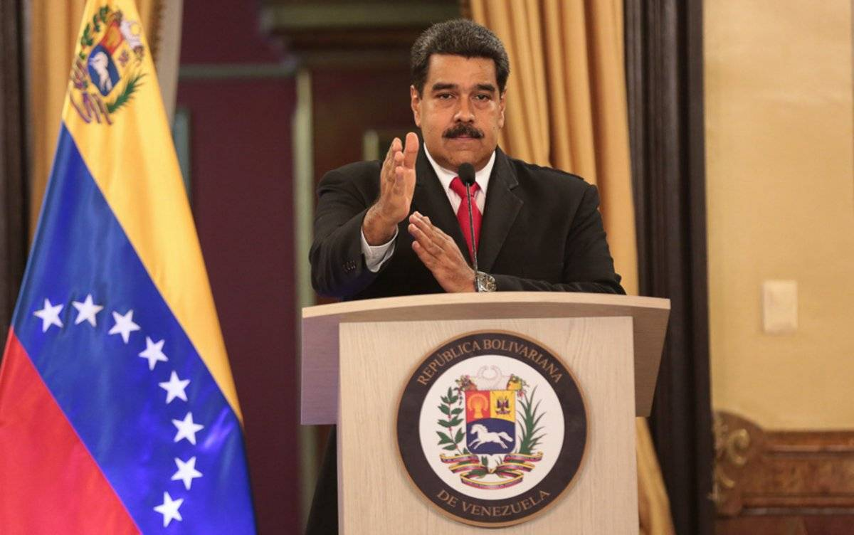 Marchan miles en Venezuela en apoyo a Maduro