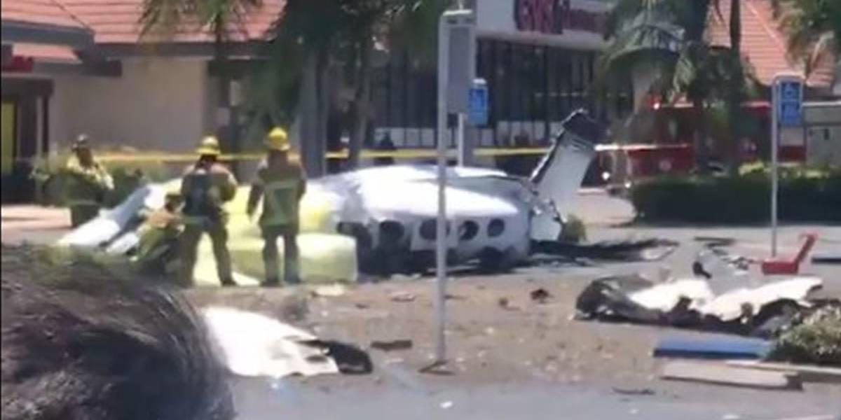 Desplome de avioneta deja al menos cinco muertos en California