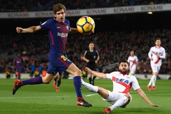 Sergi Roberto, nuevo compañero de Arturo Vidal, es el lateral derecho titular de Barcelona / Foto: Getty Images