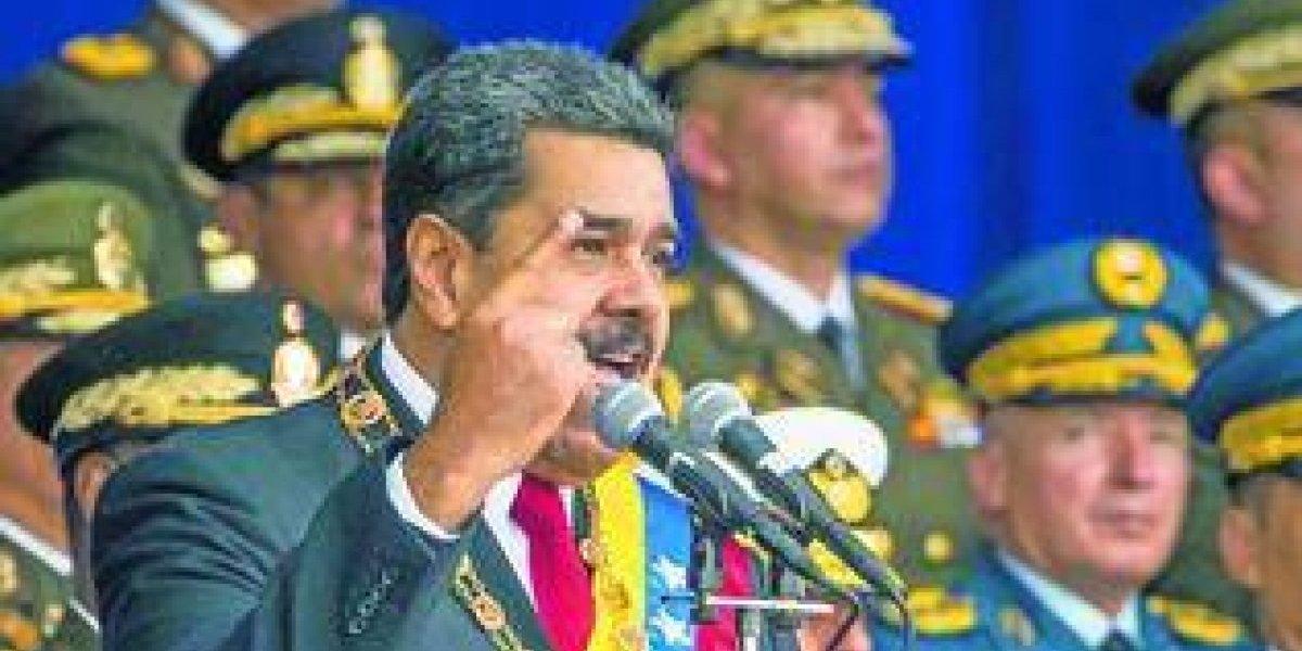 Nicolás Maduro sospecha de los opositores y del gobierno colombiano
