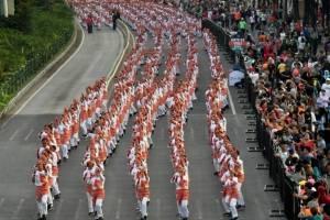 """Baile """"poco poco"""" en Indonesia"""