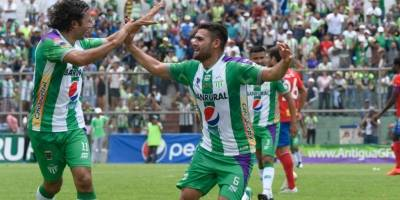 Gol de José Pinto contra Municipal