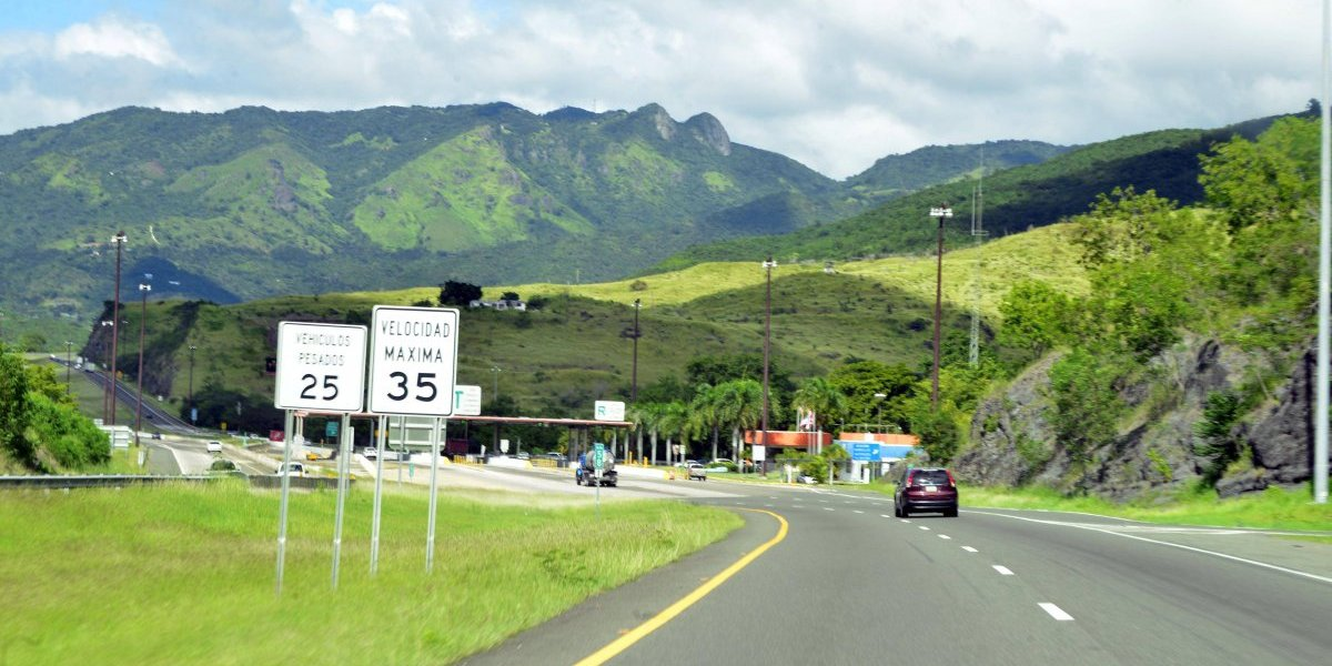 Anuncian inversión de más de 100 millones para reparar la autopista Luis A. Ferré