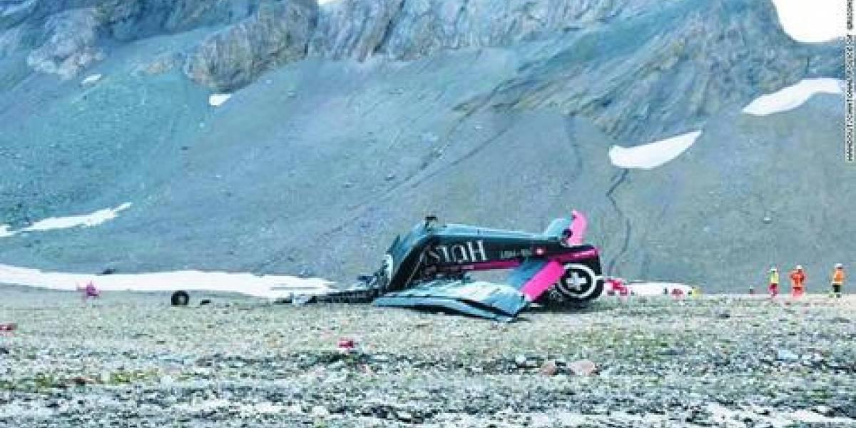 """""""Histórico"""" avión cae en Suiza"""