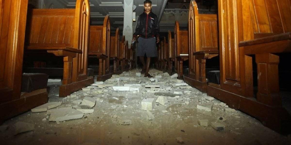 Aumentan los muertos tras sismo en isla turística de Indonesia